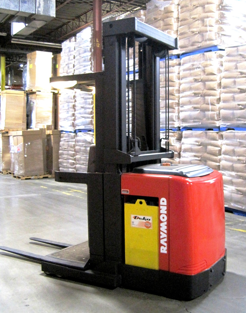 Order picker 20 feet lift height - Side