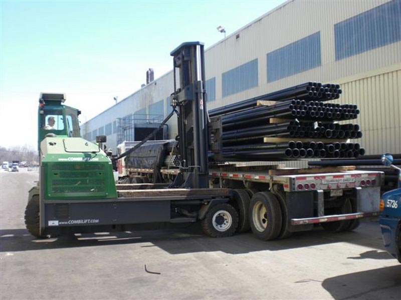 Three machines in one: Counterbalance forklift > aisle truck > side loader C10,000-C12,000 - Side