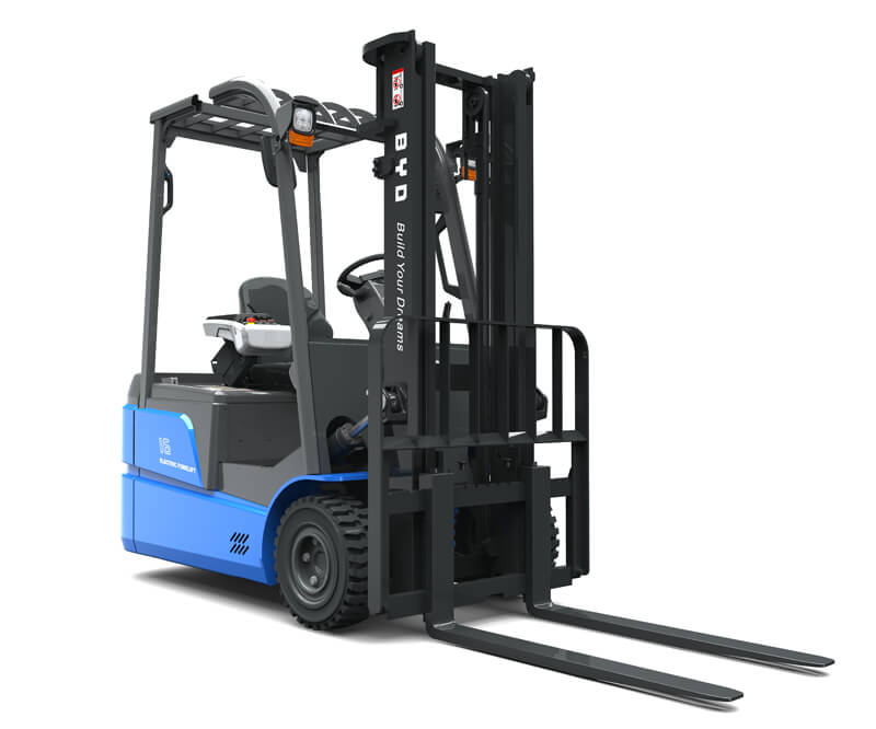 Three wheel sit down electric pneumatic forklifts - Side/Front