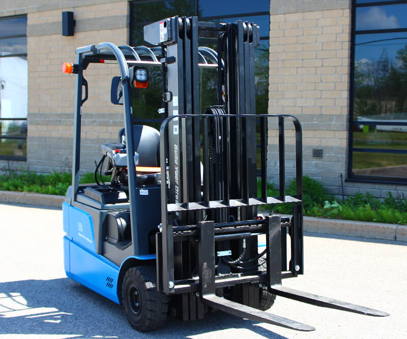 BYD 3 wheel electric forklift